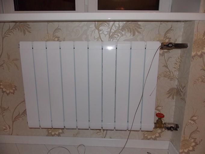 Боковая схема подключения радиатора