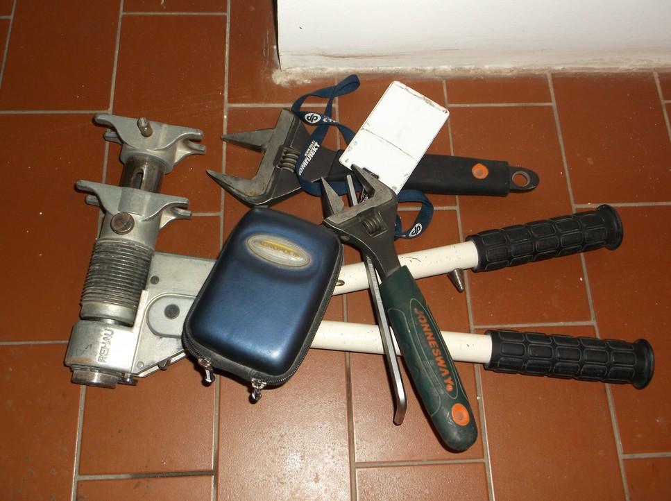 Пресс - инструмент Rehau